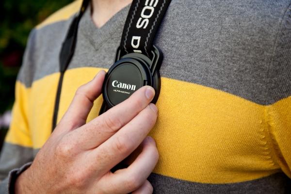 lens-cap-strap-holder.jpg